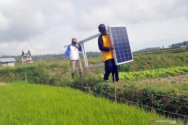 Manfaatkan tenaga surya di kawasan pertanian