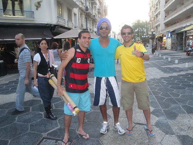Carlinhos Brown em Nice - França - próximo a praça Masséna