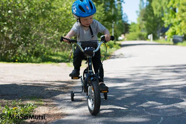 Pinepeak Cruise lasten polkupyörä