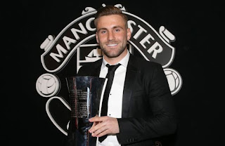 Luke Shaw wins Manchester United player of the year award