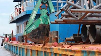Kapal Ilegal Bawa Warga China Masuk ke Sungai Kapuas