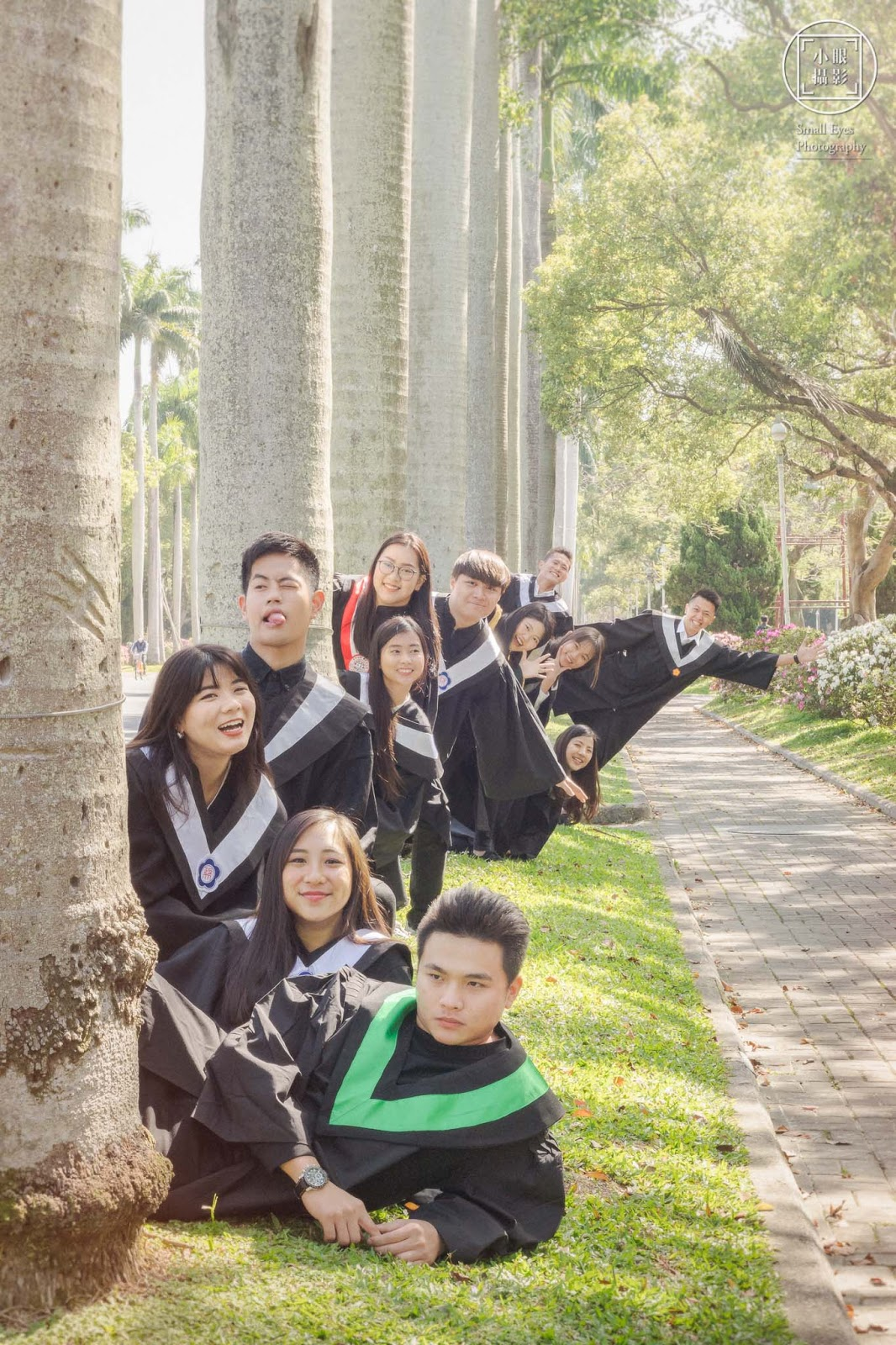 人像, 人像‧寫真, 大學, 小眼攝影, 畢業照, 碩士, 碩班, 學士, 博士,台大,政大,輔大,東吳,高餐,創意,搞怪, 畢業,馬來西亞