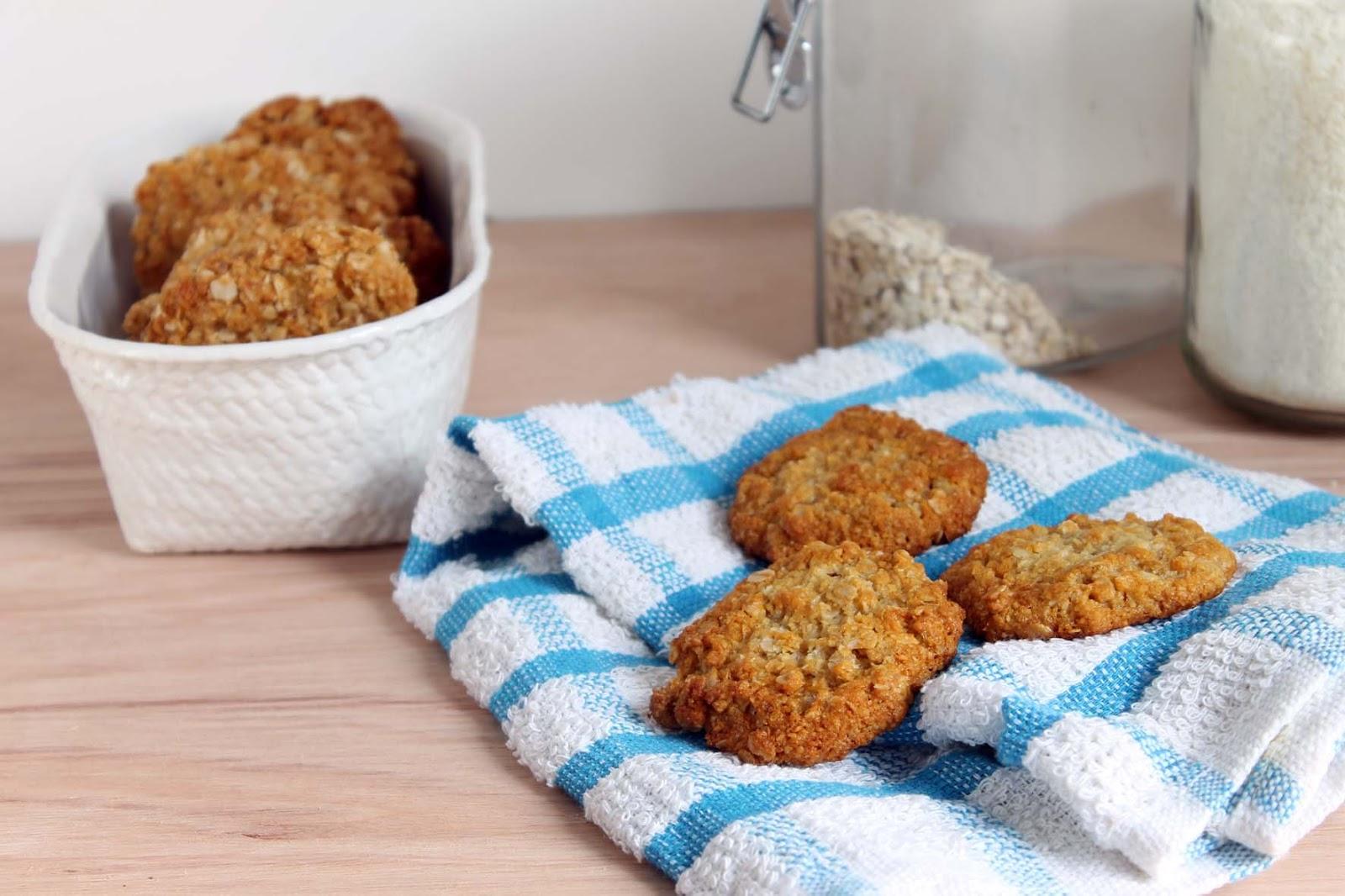 Biscuits Anzac (avena, miel y coco)