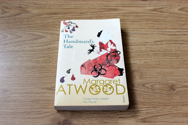 Classic Books to Read The Handmaid's Tale Margaret Atwood Bestsellers Dystopia Fiction