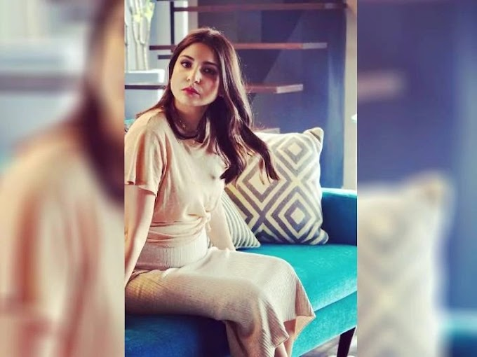Anushka Sharma's new picture goes viral on the internet, the actress sitting on the couch flaunted the baby bump