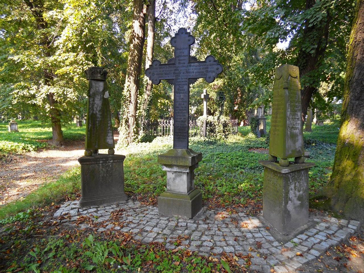 Cmentarz ewangelicki pełen jest miejsc pamięci.