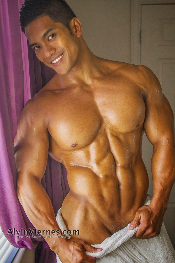 Hundreds of hot gay models to choose from muscle guys, twinks, latinos, bears, hunks High quality ga
