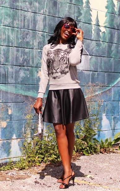 Spring Trend: Graphic Print Sweatshirt and Skater Skirt