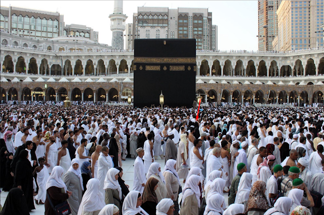 Mengapa di Makkah Ada Wanita Nakal? Jawaban dari Buya Hamka Ini Buatmu Kagum