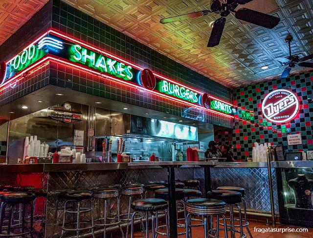 Dyer's Burgers, em Memphis, Tenessi