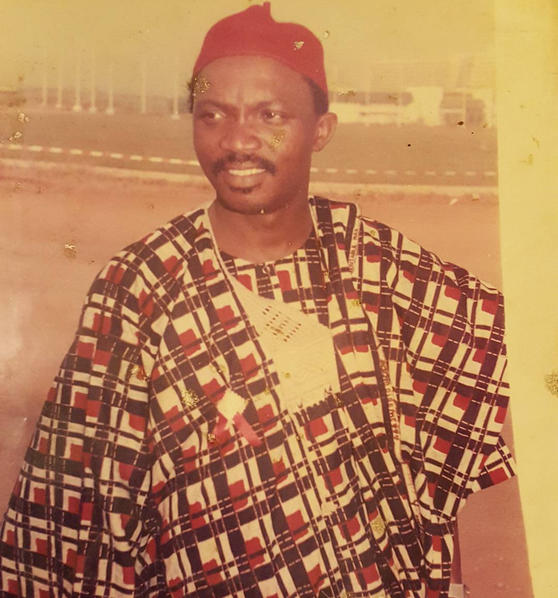 picture of toke makinwa father