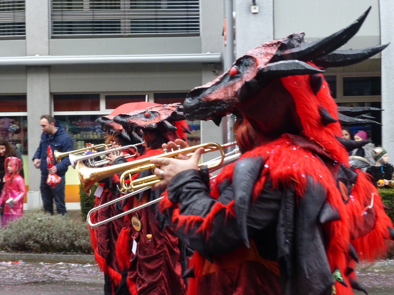 Scottish Girl in Zurich: Fasnacht Parade in Wädenswil