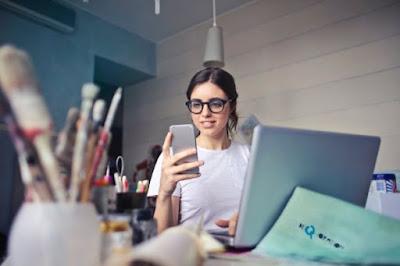 8 Kelebihan PDKT Lewat Chat Yang RUGI Kalau Nggak Dicoba