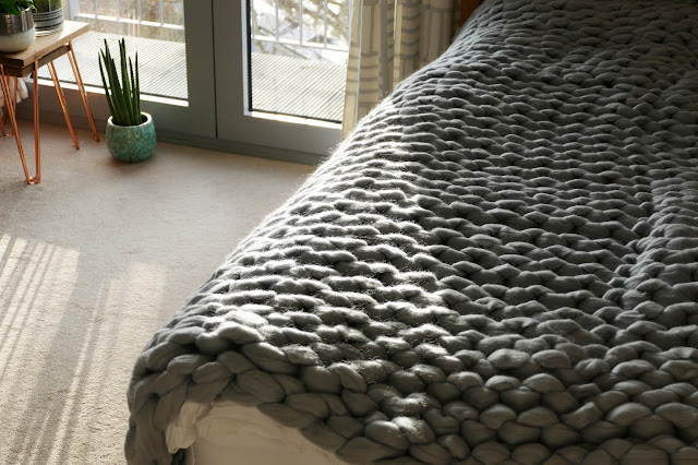 NS Timeless Review, NS Timeless blog review, NS Timeless etsy, NS Timeless chunky knitted blanket