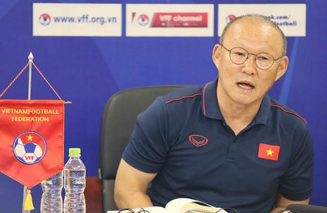 ĐT Việt Nam đấu Malaysia: 2 SAO chính thức bị loại là những ai?