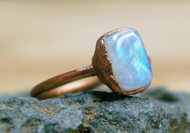 https://www.etsy.com/ca/listing/621740026/rainbow-moonstone-ring-polished-stone
