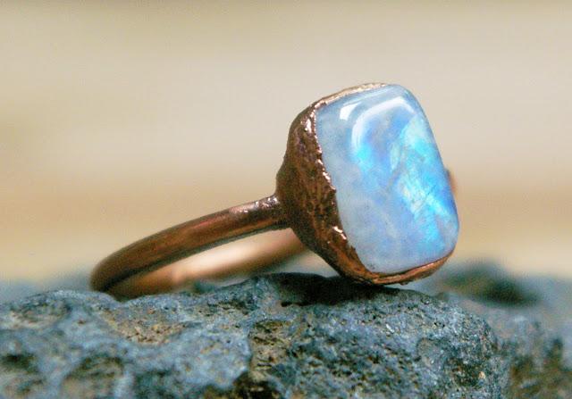 https://www.etsy.com/ca/listing/621740026/rainbow-moonstone-ring-polished-stone