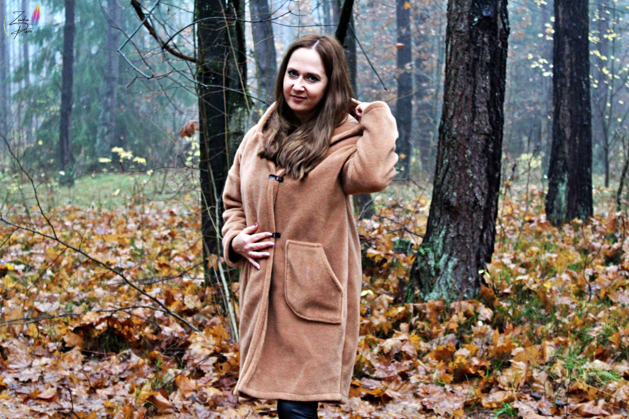Płaszcz alpaka OFELIA wełniany ciepły puszysty z kapturem karmelowy - Grandio.pl