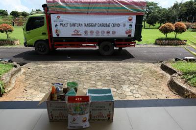 SKK Migas-PetroChina Serahkan Bantuan Bahan Pokok Bagi Masyarakat Tanjung Jabung Timur