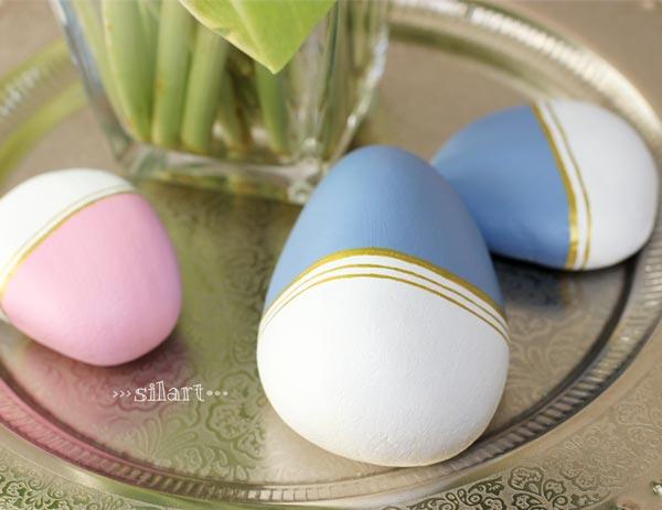 Bemalte Steine weiß, bleu, rosa, gold