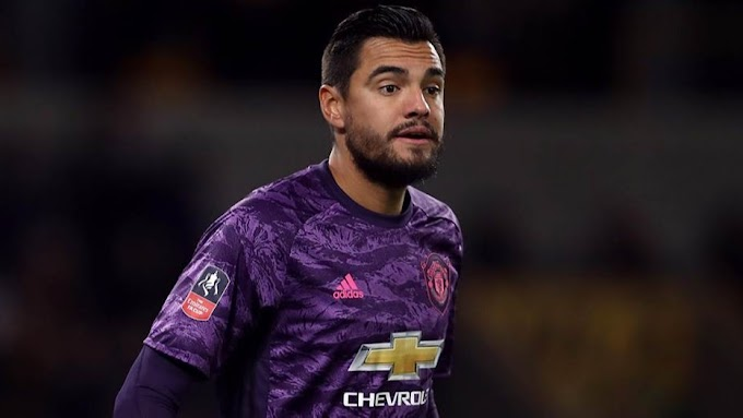 Leeds United want Manchester United Second choice Goal keeper Sergio Romero