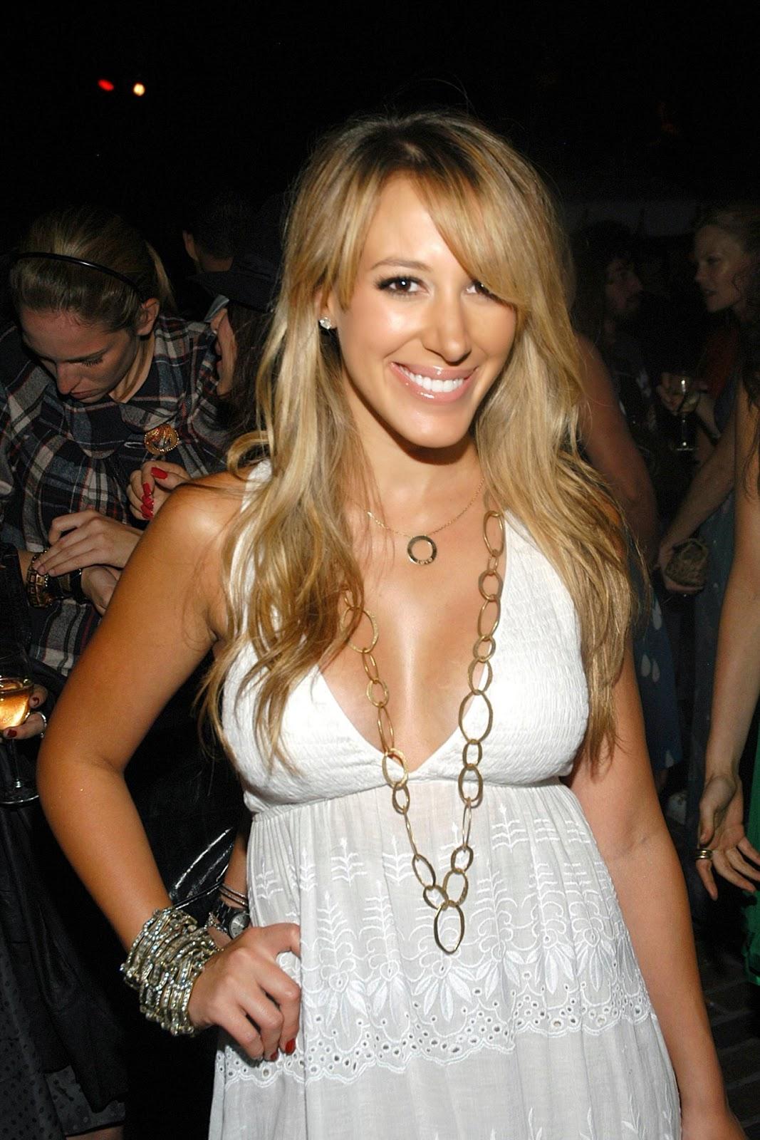 Pregnant Celebrities: Haylie Duff