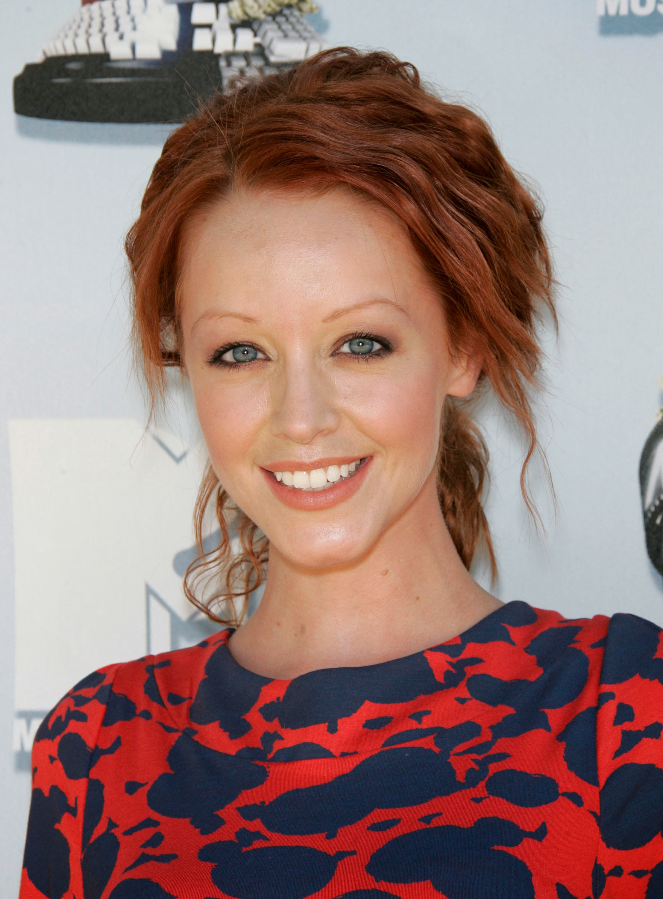 Lindy Booth Nude Photos 67