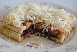 Resep Sandwich Pisang Saus Coklat Keju Goyang Lidah