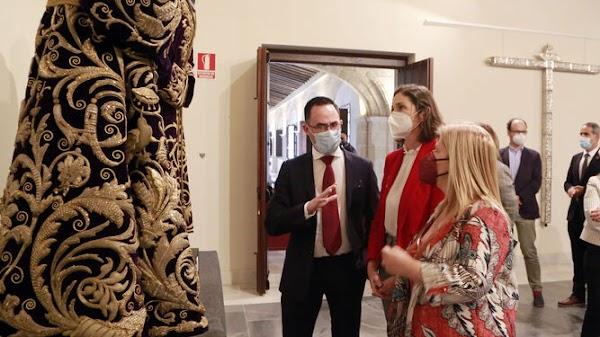 Unas 35.000 personas visitan la exposición 'Cofradías. La huella del tiempo en Jerez'