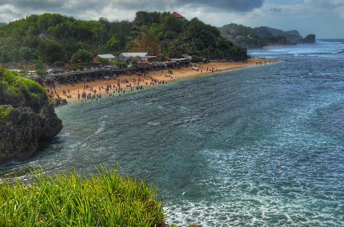 Wisata Pantai Slili Gunungkidul Jogja