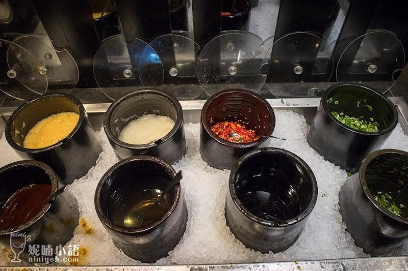 【西門町美食】打狗霸 TAKAO1972 。北台灣最大超豪華平價火鍋市集