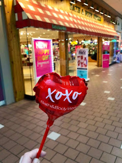 Bath & Body Works | Free Valentine's Day XOXO Balloon - Available For A Limited Time