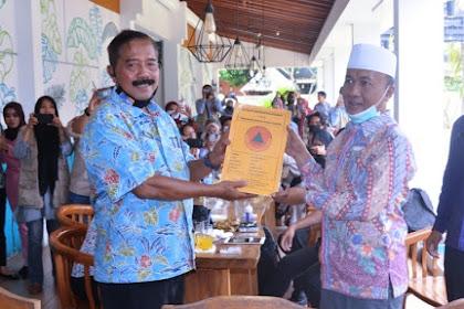 I Made Arthadana Serahkan LPJ RTG Tiga Kecamatan Kepada Bupati Lombok Barat
