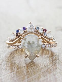 Nữ nên đeo nhẫn tay nào