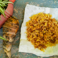 These crispy grated taro root fry can be served as a side dish with the main course or as a snack.