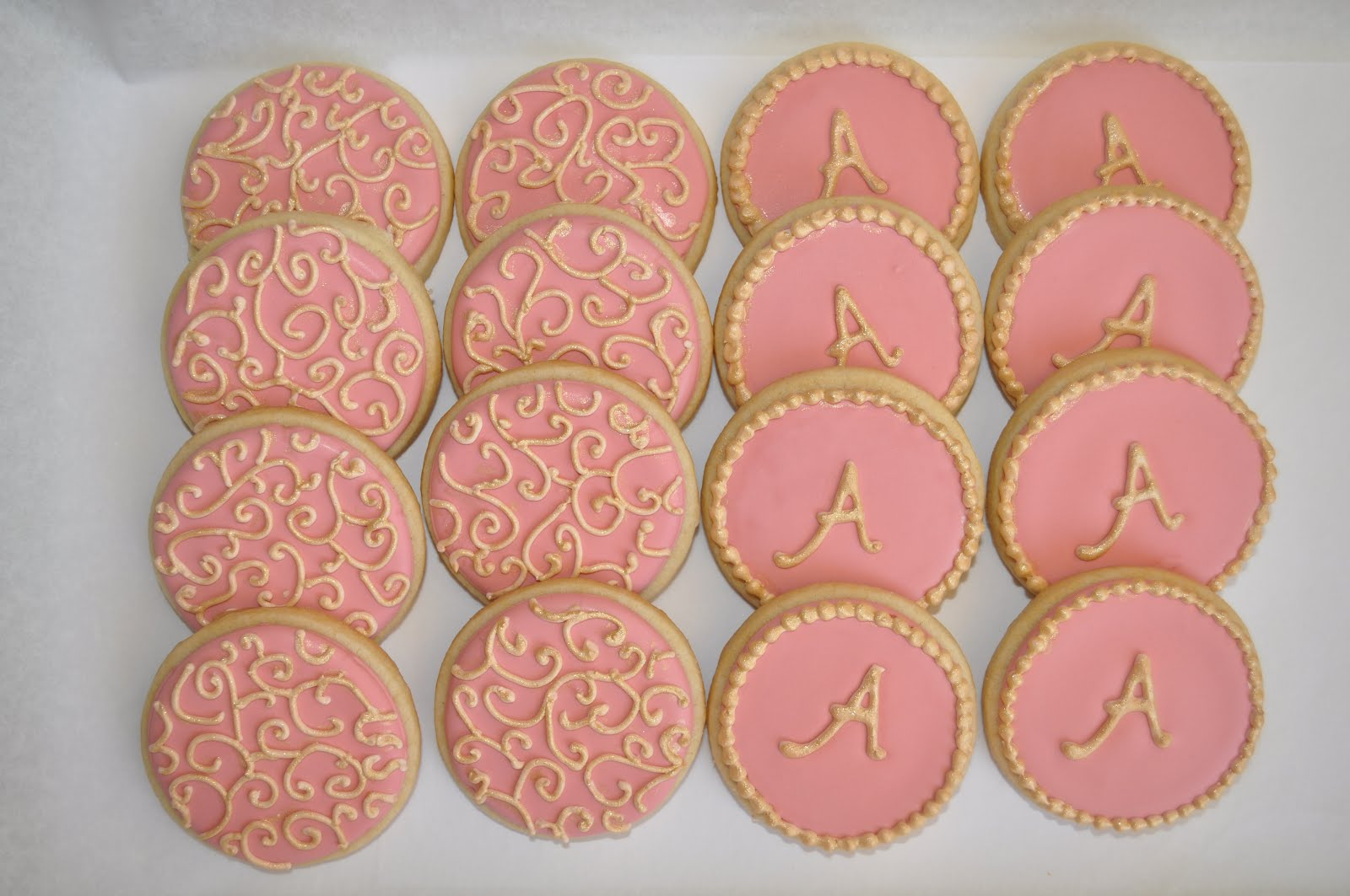 Bridal Shower Favor Cookies – How to make letter royal icing