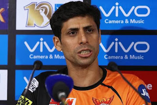 ipl-can-not-define-dhoni-selection-nehra