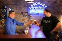 http://www.advertiser-serbia.com/lavovske-price-i-epizoda-dejan-savic-do-suza-nasmejao-nenada-jezdica/