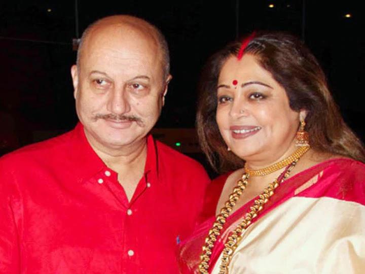 kirran kher and anupam kher pic