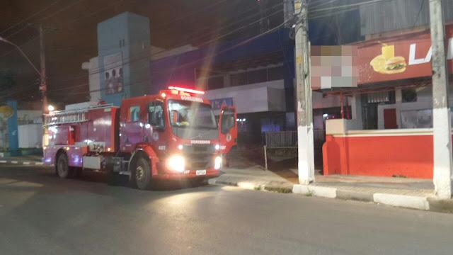 Princípio de incêndio atinge agência bancária no centro de Alagoinhas
