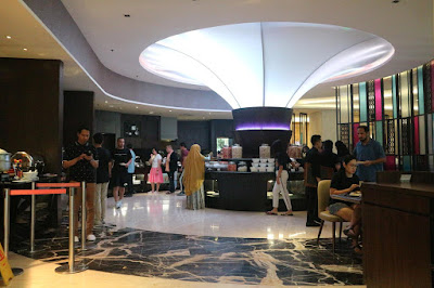 staycation di crowne plaza, hotel strategis di bandung