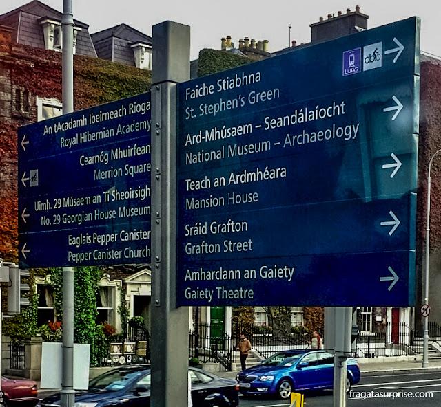 Sinalização de ruas em Dublin