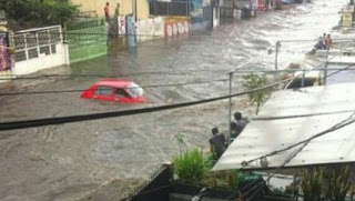 Pemkot Bandung Bongkar 15 Rumah, 2 Hotel, dan 2 Kantor Penyebab Banjir