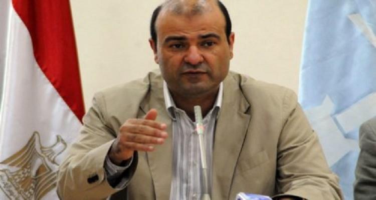 تامر أمين يعرض صور كارثية لوزير التموين أيام حكم جماعة الإخوان