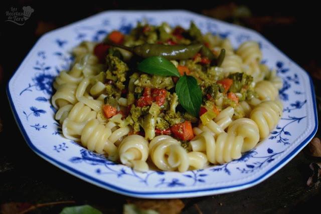 Espirales de pasta con vegetales 04