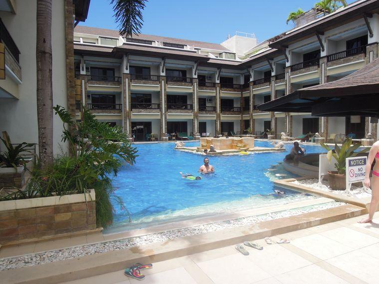 Swimming pool at Boracay Regency Hotel (Henann Regency Resort and Spa)