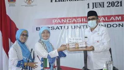 Wako Hendri Septa Apresiasi Donasi BKMT Padang untuk Palestina