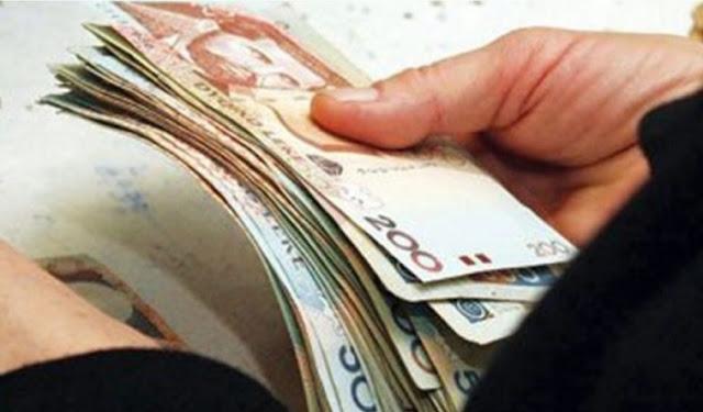 Approvato l'aumento del salario minimo in Albania, 240 euro