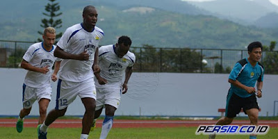 Persib Bandung Pindah Tempat Latihan, Essien, Cole, dan Maitimo Berlatih Terpisah