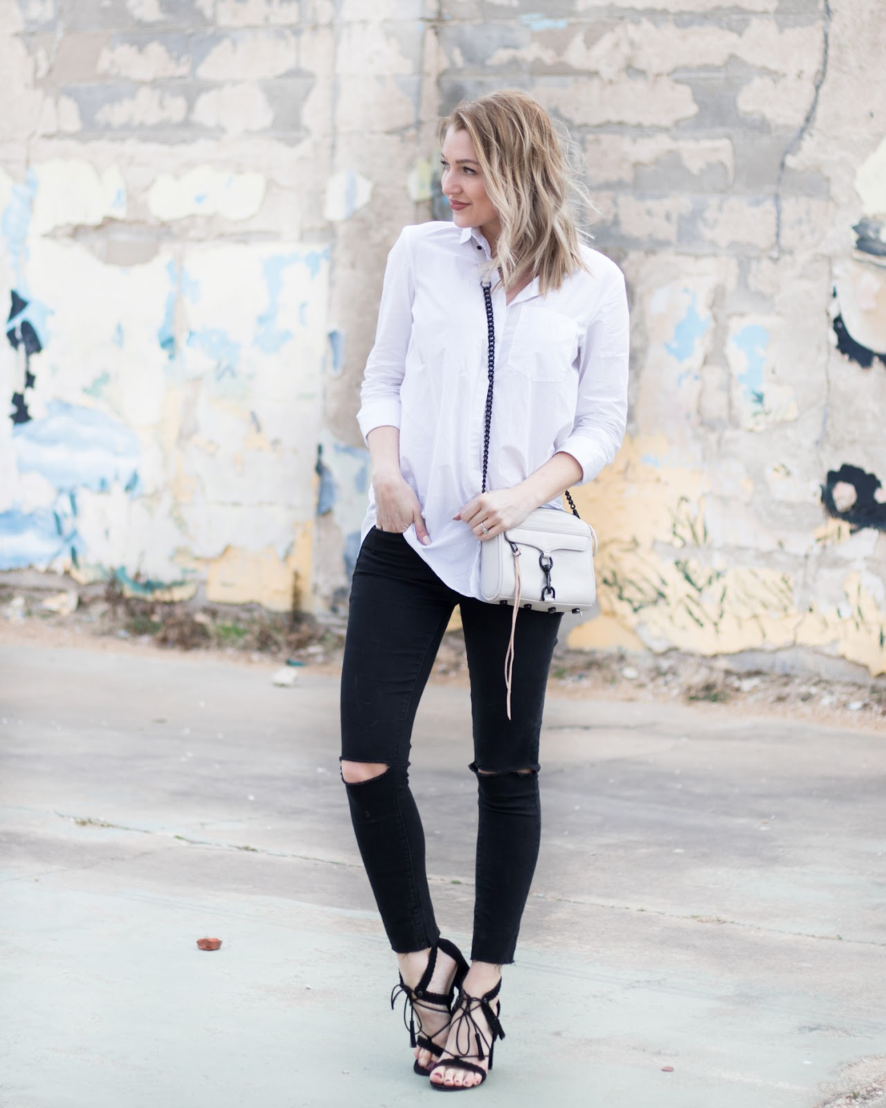 Simple black & white outfit